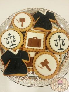 Cookies Lawyer Judge's Courts Graduation Crafts, Graduation Theme, Lawyer Cake, Judge Judy, Retirement Parties, Retirement Planning, Fondant Cakes, Cookie Decorating, Sugar Cookies