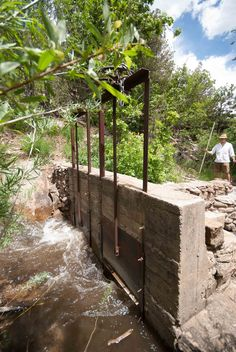 How The Middle Eastern Irrigation Ditch Called Acequia Changed The American Southwest - AramcoWorld
