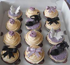 Lilac Cupcake Gift Box