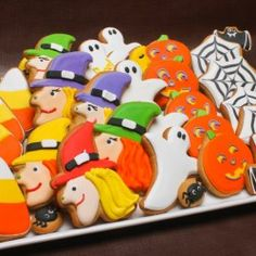 Trick or Treat Gift Set.  Get yours from Eleni's New York, Find out more at our web site for candies, chocolates & cookies OR visit our HALLOWEEN ideas page at: http://www.allaboutcuisines.com/halloween #Halloween Ideas #Cookies
