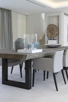 Modern dining room chairs. | Moderne Esszimmerstühle #diningroomchairs #esszimmerstühle