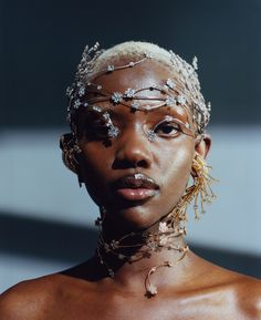 Introducing a new jewelry collection already endorsed by Rihanna. Black Pics, Pretty People, Beautiful People, Skin Girl, Photographie Portrait Inspiration, Black Girl Aesthetic, Photo Reference, Black Is Beautiful, Black Girl Magic