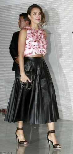Jessica Alba in pleated black leather maxi skirt