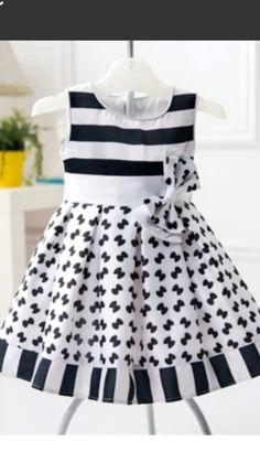Baby Girl Dress Patterns, Little Dresses, Little Girl Dresses, Girls Dresses, Toddler Dress, Baby Dress, Toddler Fashion, Kids Fashion, Baby Outfits