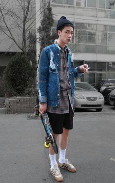 Street Fashion Men is part of Mens street style - Inspiration Best Mens Fashion, Boy Fashion, Trendy Fashion, Fashion Trends, Trendy Style, Style Fashion, Skater Outfits, Stylish Jackets, Korean Street Fashion