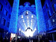 Light Festival Ghent 2012: A Cathedral of 55,000 LED Lights - YouTube