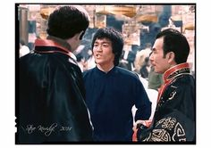 John Saxon , Bruce & Shih Kien on the set of *Enter the Dragon* Bruce Lee Facts, Bruce Lee Wing Chun, Callum Keith Rennie, John Saxon, Bruce Lee Martial Arts, Jim Kelly, Bruce Lee Photos, Ip Man, Enter The Dragon