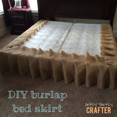 DIY burlap bed skirt! SUPER EASYYY