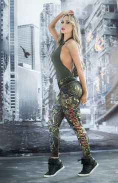 Poison Ivy - Super Hero Leggings - Fiber - Roni Taylor Fit - 2 These Poison Ivy Super Hero Leggings from Fiber are great for working out, casual wear or even dressing up for Halloween. You will love these exclusive leggings that are made from the highest quality materials to make sure they look great, feel even better and last longer than you ever thought possible. Limited Edition and once they are sold out they will not be back again!