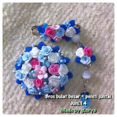 Blue pink n white