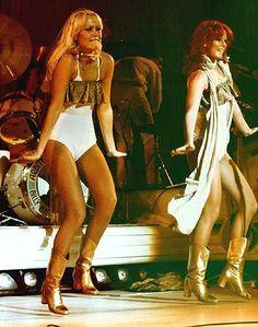 Google Image Result for http://1.bp.blogspot.com/_Y0H1ceKWYeM/S7P2k5zQpDI/AAAAAAAAFLM/tRsCBAAMJuY/s1600/abba-women-dancing.jpg