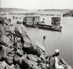 طلة علي معبد فيله أثناء فيضان النيل .. Temple of Philae during the flood