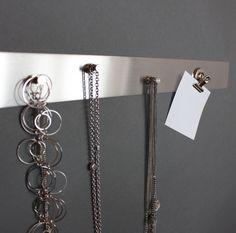 magnetic rail, design rail for jewelry or posts https://www.maul.de/office/de/shop/arbeitsplatz/infoleisten/