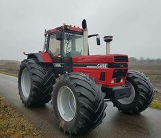 Case Ih Tractors, Ford Tractors, International Tractors, International Harvester, Classic Tractor, Heavy Machinery, Heavy Equipment, Farm Life, Tractor Farming