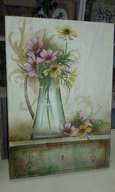 Pintura com stencil feita por Mayumi Takushi