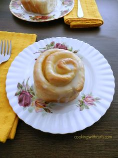 Lemon Curd Sweet Rolls | cookingwithcurls | #lemon #sweetrolls #breakfast