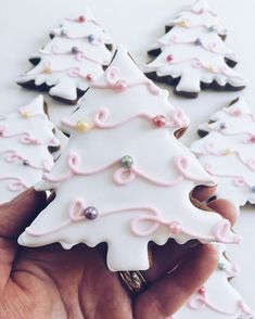 simple christmas cookie recipes easy to copy diy ideas of simple christmas cookies christmas decoritions christmas crafts christmas gifts christmas cookies the post simple christmas cookie recipes easy to copy appeared first on belle ouellette Easy Christmas Cookie Recipes, Christmas Sugar Cookies, Easy Cookie Recipes, Christmas Cooking, Holiday Cookies, Holiday Treats, Easy Recipes, Snowman Cookies, Cookie Ideas