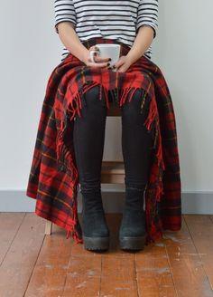 Recycled Wool Knee Blanket in Wallace Tartan