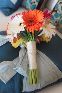 Gerbera wedding bouquet http://goodbyemiss.com/wedding/clare-peters-wedding-by-elaine-kennedy-photography