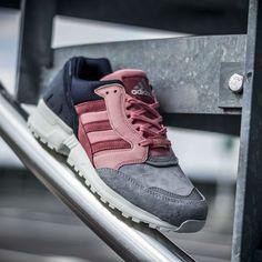90'lar stili sneaker modasına geri döndü. İşte 90'lardan geri dönen sneakerlar #adidas #torsion #sneaker #sporayakkabı #sportmen