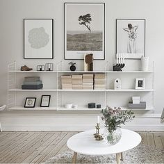 Living room | I would love to put up my old string shelf in teak like this.