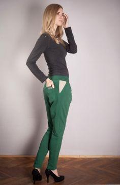 Spodnie z obniżonym krokiem - Peony http://bozzolo.pl/kobieta/spodnie-dresowe-damskie.html