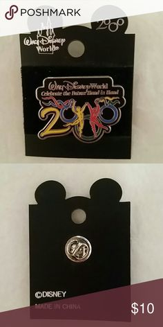 """***WALT DISNEY*** COMMEMORATIVE 2000 PIN Walt Disney World 2000 """"Celebrate the Future Hand In Hand"""" Commemorative Pin... Cool Piece to add to your Collection!!! Never removed from backer board.  Excellent Condition!   3 available!!! Walt Disney  Accessories"""