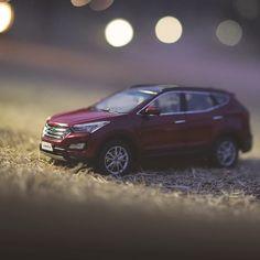 #현대자동차 #다이캐스트 #싼타페 와 함께라서 더욱 즐거운 밤 #산책  #Night walks become more #joyful cause of #Hyundai #Motor #diecast #SantaFe   #car #Red_Merlot #walk #picnic #date #toy #park #light #Dreamforest #Seoul #Korea #daily #레드멜롯 #밤 #잔디밭 #북서울꿈의숲 #데이트 #장난감 #자동차 #소소잼