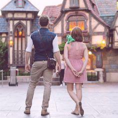 Disney Bound Rapunzel and Flynn Rider, Tangled Disney Dapper Day, Disney Day, Disney Tangled, Disney Magic, Disney College, Disney Cosplay, Disney Costumes, Fun Costumes, Disney Inspired Fashion