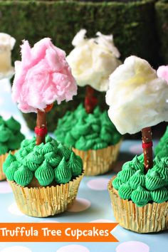 Happy #Birthday, Dr. Seuss! Celebrate with Truffula Tree #Cupcakes by @Courtney Baker Whitmore | Pizzazzerie.com #food #recipe #DrSeuss