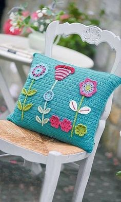 Watch This Video Beauteous Finished Make Crochet Look Like Knitting (the Waistcoat Stitch) Ideas. Amazing Make Crochet Look Like Knitting (the Waistcoat Stitch) Ideas. Crochet Cushion Pattern, Crochet Cushion Cover, Crochet Cushions, Crochet Patterns, Knitting Patterns, Applique Cushions, Crochet Blocks, Blanket Patterns, Knitting Ideas