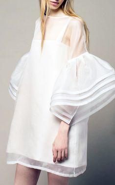 Mod Wedding Dress—love!