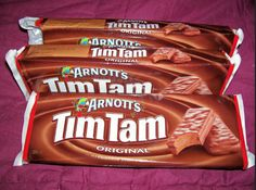 For the love of all things sacred, stop eating Vegemite with a spoon! Best Cookies Ever, Tim Tam, World Thinking Day, Stop Eating, You Bag, Helpful Hints, Snack Recipes, Chips, Australia