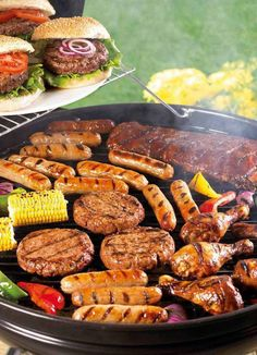 Why be a vegetarian? Vegetarian Grilling, Healthy Grilling Recipes, Barbecue Recipes, Veggie Recipes, Vegetarian Recipes, Barbecue Sauce, Veggie Food, Backyard Burger, Backyard Barbeque