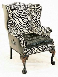 Queen`s chair