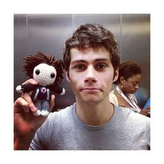 dylan o'brien at sdcc13 Teen Wolf ❤ liked on Polyvore featuring dylan o'brien, dylan, teen wolf, boys and pictures