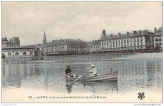 Nantes, blin à l'aviron devant la Poissonnerie