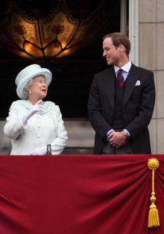 Queen Elizabeth II Photo - Diamond Jubilee - Carriage Procession And Balcony Appearance