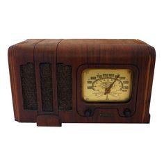 Antique Radios - Air King 710 - Play MP3s!!
