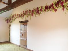 Experienced mural artist based in Cheshire, hand painting wall murals for homes, schools and businesses across the UK. Mural painter for children's and modern wall art. Chill Out Room, Hand Painted Walls, Flowering Vines, Modern Wall Art, Wisteria, Wall Murals, Living Spaces, Traditional, Artist