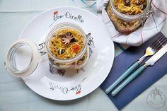Linguine con ciuffetti di calamaro, polpettini e zucchine in vasocottura