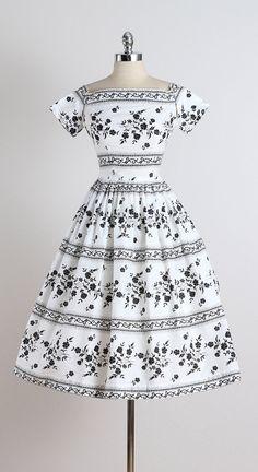 Day Break. vintage 1950s dress . vintage by millstreetvintage