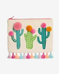 Linen-blend Cactus Pom Pouch - This cactus pouch is a super-cute way for desert babes to carry their fave essentials. Embroidery Bags, Embroidery Patterns, Cactus Decor, Cactus Cactus, Baby Kind, Felt Crafts, Sewing Projects, Applique, Creations