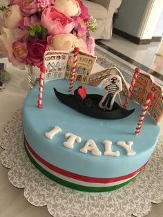 Italy themed cake