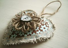 Shabby Chic hanging heart decoration