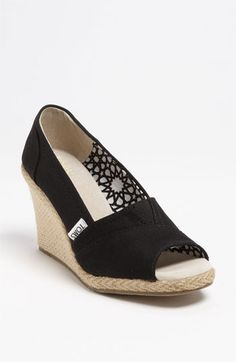 Perfekt wedges for summer!            TOMS 'Calypso' Canvas Wedge | Nordstrom--back to school shoes!