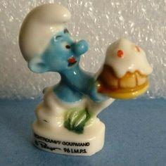 French Feve  SMURF SCHTROUMPF GORMAND 3.2 cms. Miniature Collectable  A1083 Elmer Fudd, Tunbridge Wells, French Vintage, Miniatures, Ceramics, Ebay, Ceramica, Ceramic Art, Clay Crafts