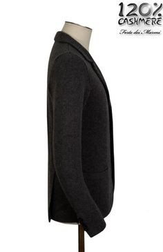 Giacca tre bottoni in 100% cashmere. COMPRALA ORA --> http://www.120cashmere.it/it/abbigliamento-cashmere-uomo-online/95-giacca-tre-bottoni.html 100% cashmere three buttons jacket for man. BUY IT NOW --> http://www.120cashmere.it/en/cashmere-clothing-man/95-giacca-tre-bottoni.html