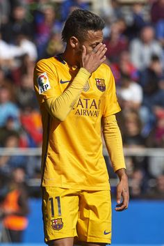 Neymar JR of Barcelona reacts during the La Liga match between Levante UD and FC Barcelona at Ciutat de Valencia on February 07, 2016 in Valencia