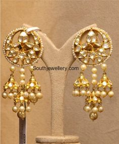 Kundan Earrings with three Jhumkas Jewelry Design Earrings, Gold Earrings Designs, Gemstone Earrings, Jewellery Designs, Earrings Photo, Hoop Earrings, Designer Jewellery, Diamond Necklaces, Big Earrings